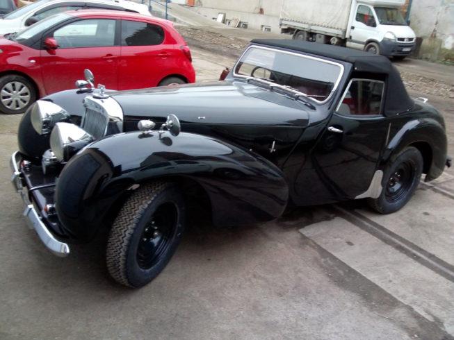 Triumph 2000 1948